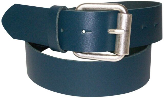 interchangeable FRONHOFER Crocodile leather belt with an antique silver buckle