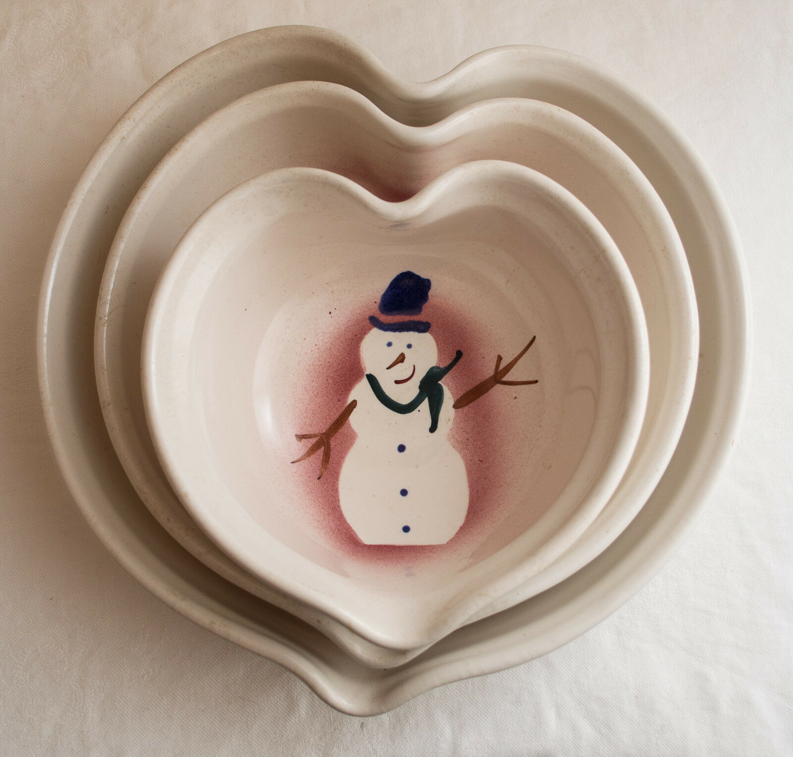 Made-in-the-USA Set Set Set of 3 Heart-Shaped Snowmen Nesting Bowls by Clay in Motion 840453