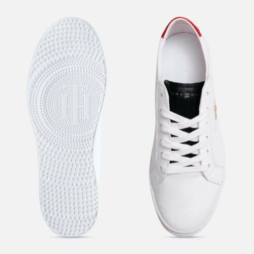 Tommy Hilfiger Gold Star cloutées formation chaussures en blanc