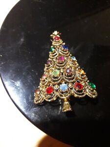 Hollycraft signed Christmas Tree Brooch