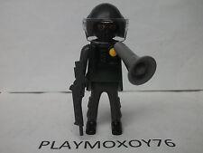 PLAYMOBIL. TIENDA PLAYMOXOY76. FIGURA DE POLICÍA DE ASALTO.
