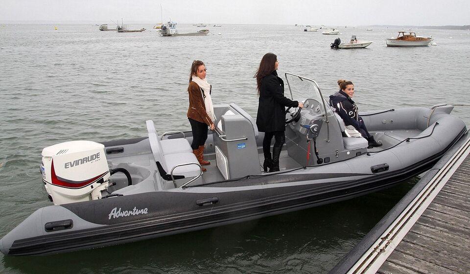 Adventure Rib, V-650, med Yamaha VMAX 115 HK på...
