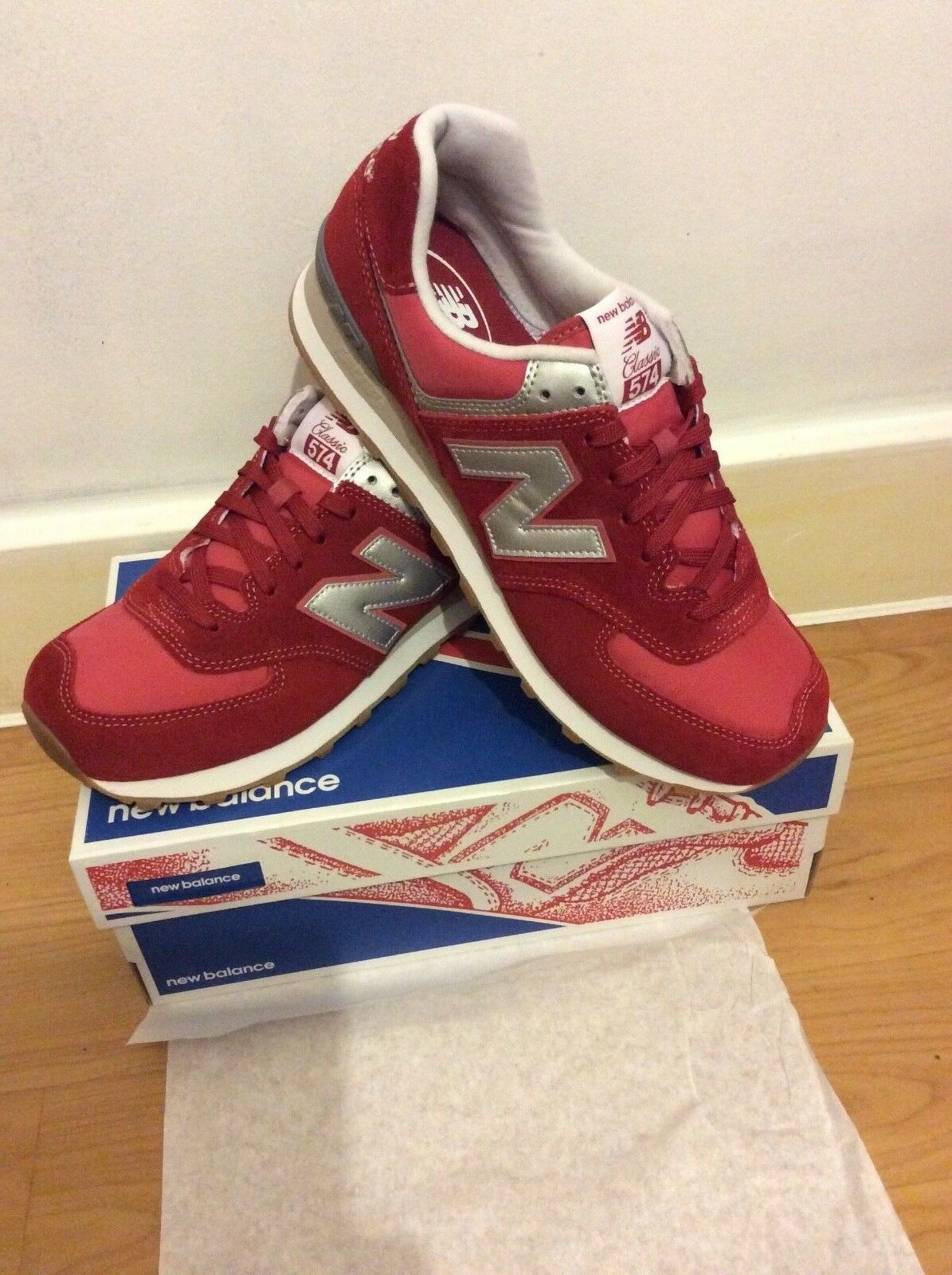 New balance 574 in size 10.5 EUR (90325575694)