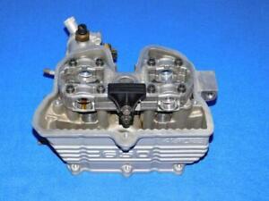 BMW-F-650-ST-169-93-99-81-2-Zylinderkopf-mit-Ventilen-komplett