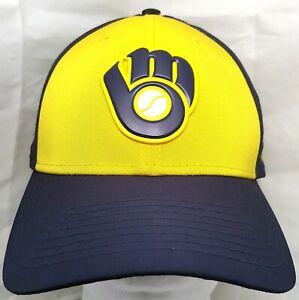 Milwaukee-Brewers-MLB-New-Era-39thirty-2018-Spring-Training-flex-cap-hat