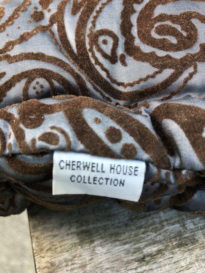 Futon puder, Cherwel House