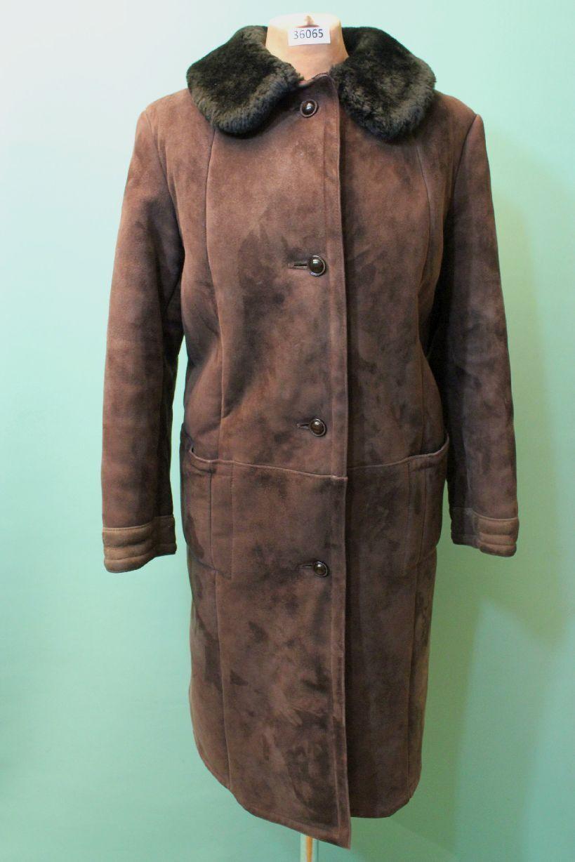 Vacker Shearling Coat CA 44  l Läther bspringaa Shearling årgång Czar Coat