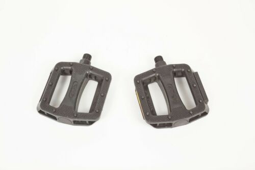 SE Bikes Resin BMX Platform Pedals 9//16 Black Plastic PD 10
