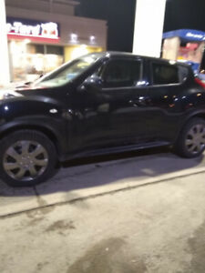 NISSAN JUKE  SV 2014  TURBO  LOADED  MINT CONDITION  .