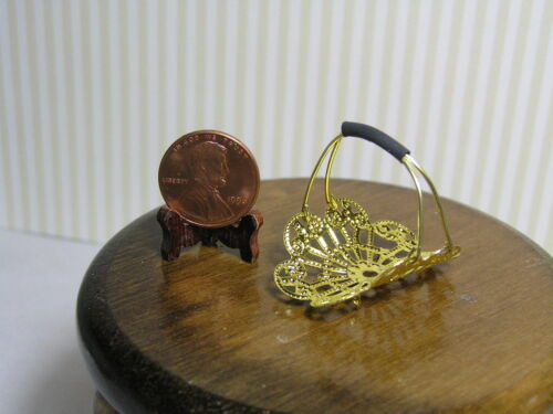 Miniature Dollhouse Filigreee Log Holder w/ 2 logs