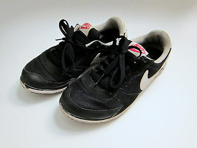 Nike Black Sneakers Atheletic Shoes Women's Sz 6.5 Sz 7 Sz 37.5 Meticulous Dyeing Processes Athletic Shoes