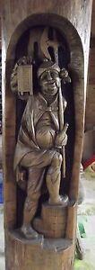 Ancienne-Sculpture-Bois-Archer-avec-Lampe-Chateau-Foret-Noir-Allemagne-Vintage
