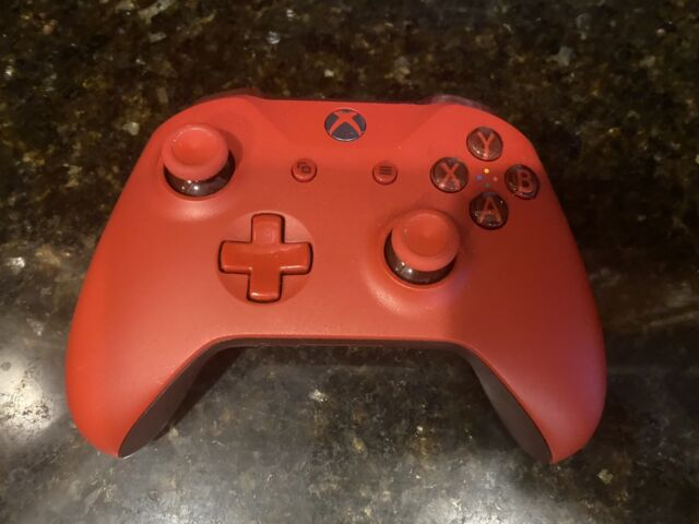 Red Microsoft Xbox One Wireless Controller Excellent condition free shipping