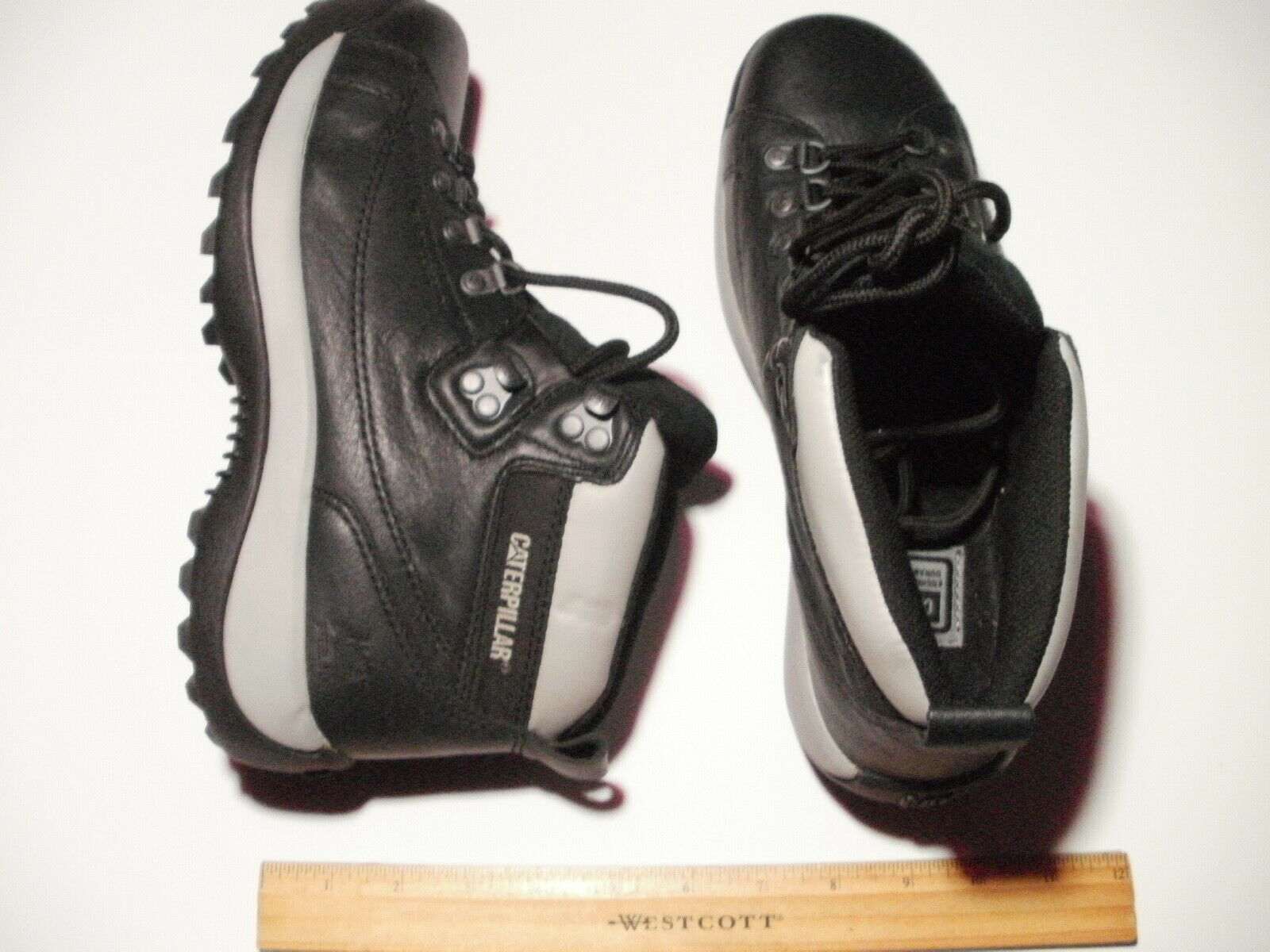 New Caterpillar Hiking Boots- Size 9
