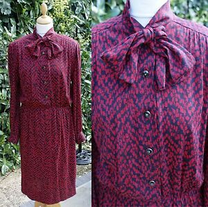 VTG-1980s-does-60s-Dress-12-14-Pussybow-Mad-Men-Red-Black-Pattern-Winter-Autumn