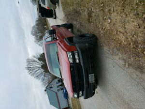 03 chevy duramax 4x4 2500hd maybe open to trades no sleds though
