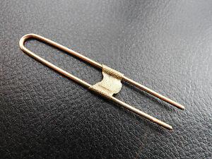 EPINGLE-ANCIENNE-EN-LAITON-CHAPEAU-COLLECTION