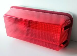 RED-BULKHEAD-POLY-CARBONATE-SECURITY-WALL-LIGHT-FITTING-WEATHERPROOF-IP-65-RATED