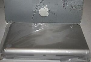 Apple-PowerBook-G4-Rechargeable-Battery-Extra-Battery-M8984G-A-Silver-NEW