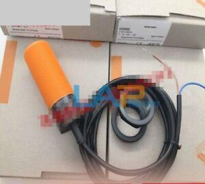 1PC IFM IGT001 Proximity Switch Sensor NEW