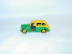 Dinky-Toys-254-Austin-Taxi