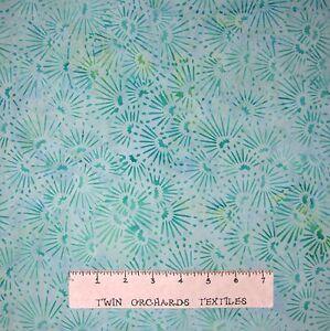 Bali-Batik-Fabric-Mint-Green-Flower-Toss-Princess-Mirah-Quilt-Cotton-YARD