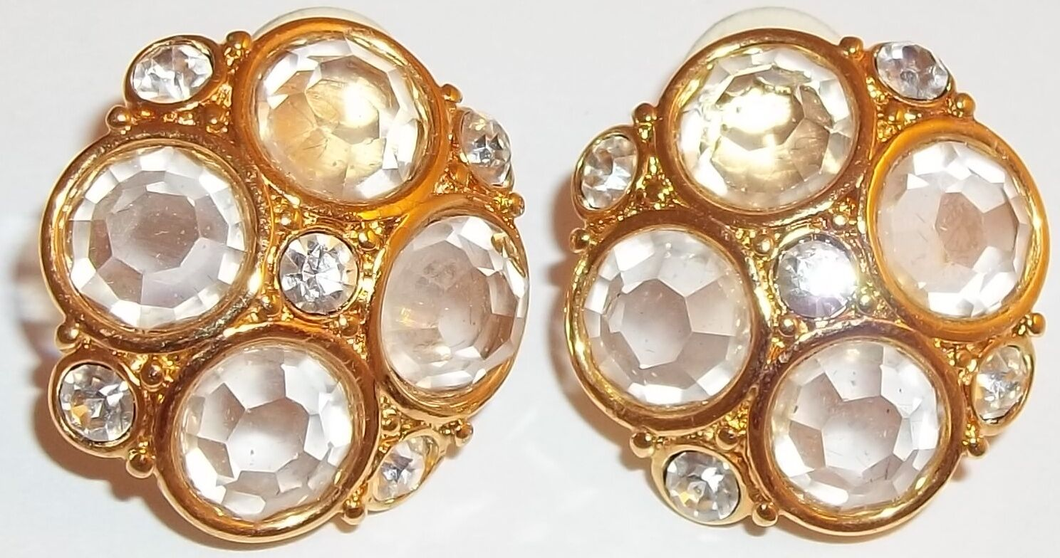 Swan Crystal Swarovski Clip on Earrings gold Tone Signed Fashion Jewelry Vintage
