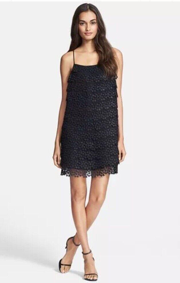 DVF Diane Von Furstenberg Dress Star Lace Tierot Dress Blk  Größe  M