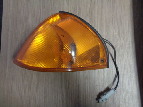Blinker links  Suzuki Swift II Schrägheck Bj.95-03 orange