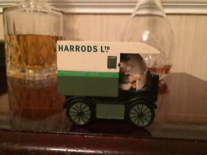 Harrods Delivery Van Snow Globe Christmas decoration ...