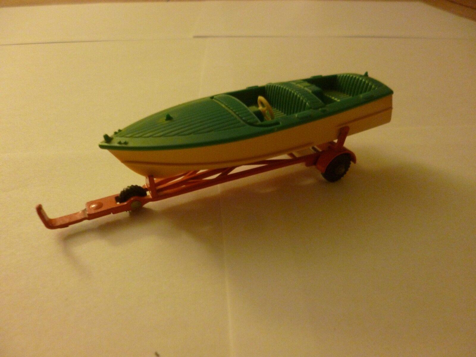 Remorque et bateau Dinky toys   1.43e fabrication année 60 boite d'origine