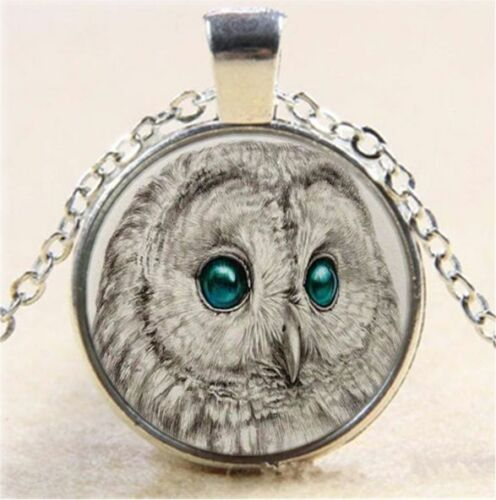 White Owl Green Eye Cabochon Glass Tibet Silver Chain Pendant  Necklace