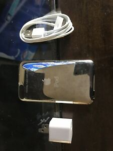 Good-condition-Apple-iPod-touch-2nd-Generation-A1288-MB528LL-Black-8-GB