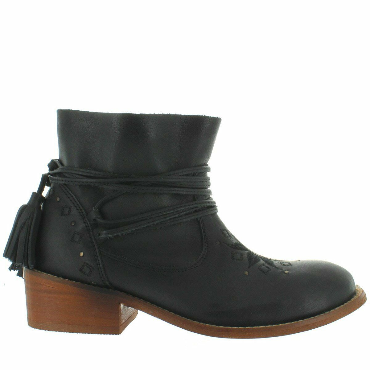 Musse & Cloud Kylie - Black Leather Tassel Wrap Short Bootie