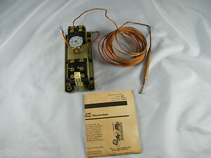 NEW ~ JOHNSON CONTROLS ~ 4 STAGE THERMOSTAT ~ A36AHA-58 ~ NO ENCLOSURE INCLUD