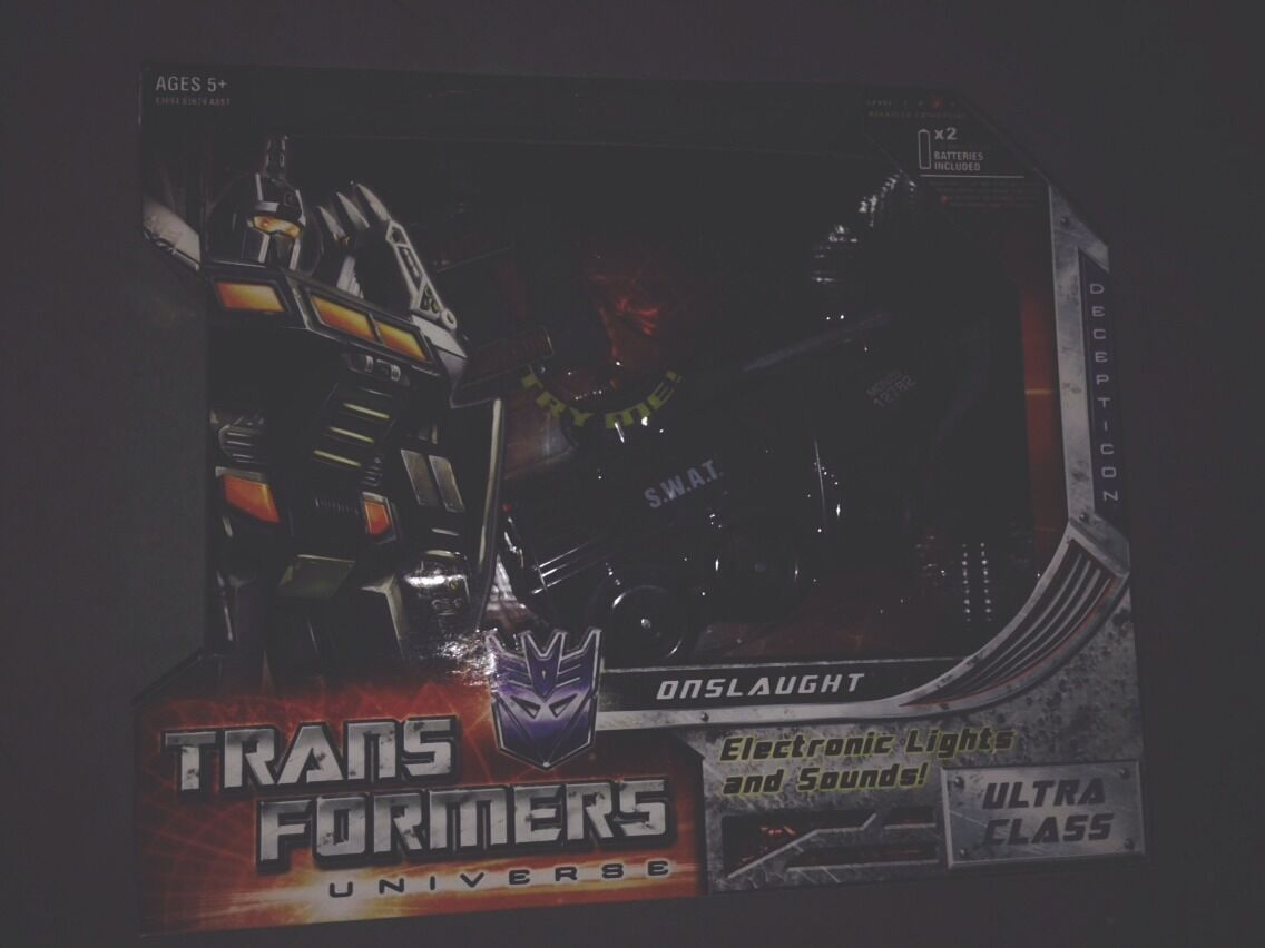 TRANSFORMERS 2010 CLASSIC ultra class Universe G1 ONSLAUGHT MISB New Sealed