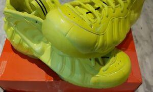 Nike Air Foamposite Volt Gr. 43