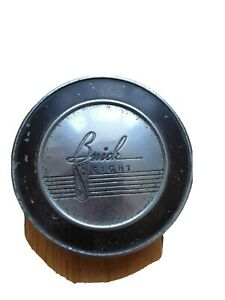 Vintage-Buick-Eight-Petrol-Cap