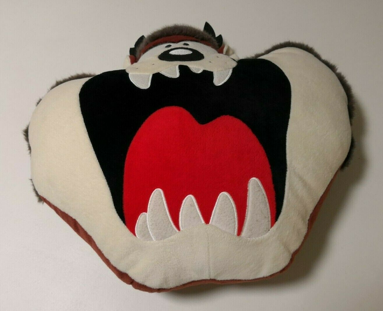 Vintage TAZ TASMANIAN DEVIL PLUSH ZIPPERED PILLOW Warner Bros Bros Bros Studio Store RARE  696dbb