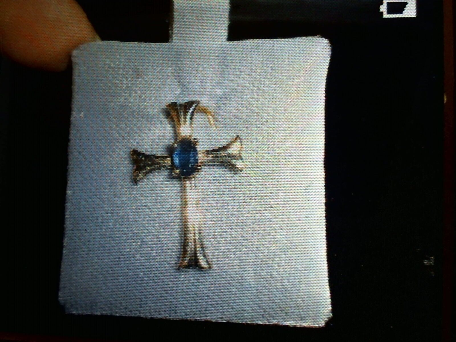 14k yellow gold cross with Sapphire