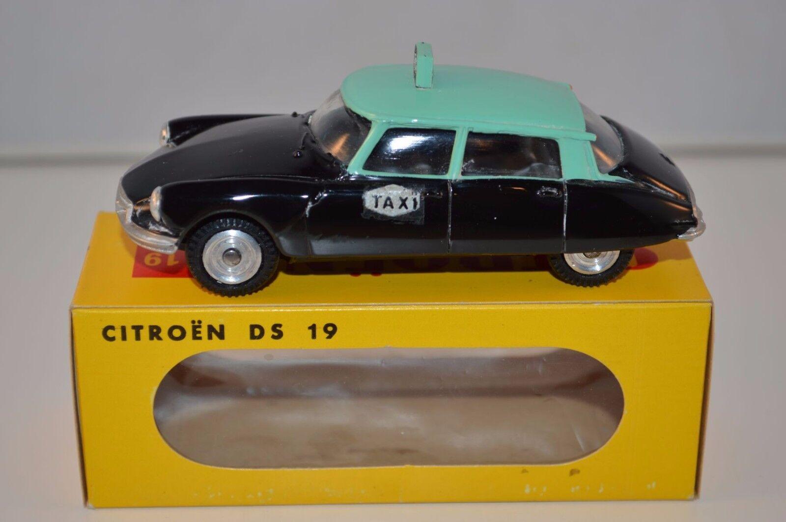 Metosul 20 Citroen DS 19 Taxi very very near mint in a super box