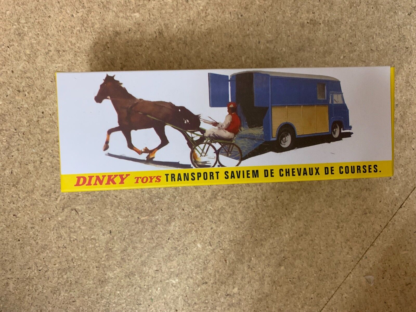 Atlas Dinky transporte Saviem 571