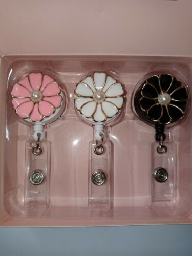 3 Pack of Retractable Flower with Pearl Badge Holder with Alligator Clip 24inch