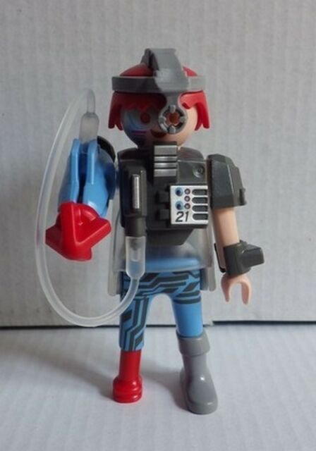 PLAYMOBIL 9443 le cyborg N°8 série 14