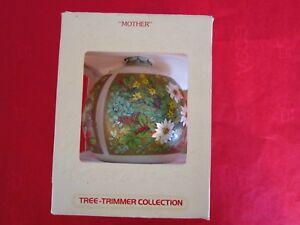 Vintage-Hallmark-tree-trimmer-collection-Chrismas-ornament-1983-034-MOTHER-034