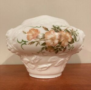 Antq-GWTW-Parlor-Lamp-MilkGlass-Base-ShadeGLOBE-ONLY-Hand-Painted-Country-Roses