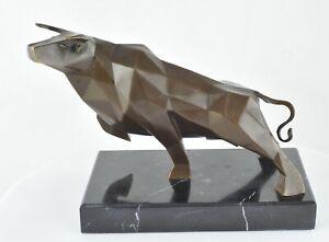 Statue-Sculpture-Taureau-Animalier-Style-Art-Deco-Bronze-massif-Signe