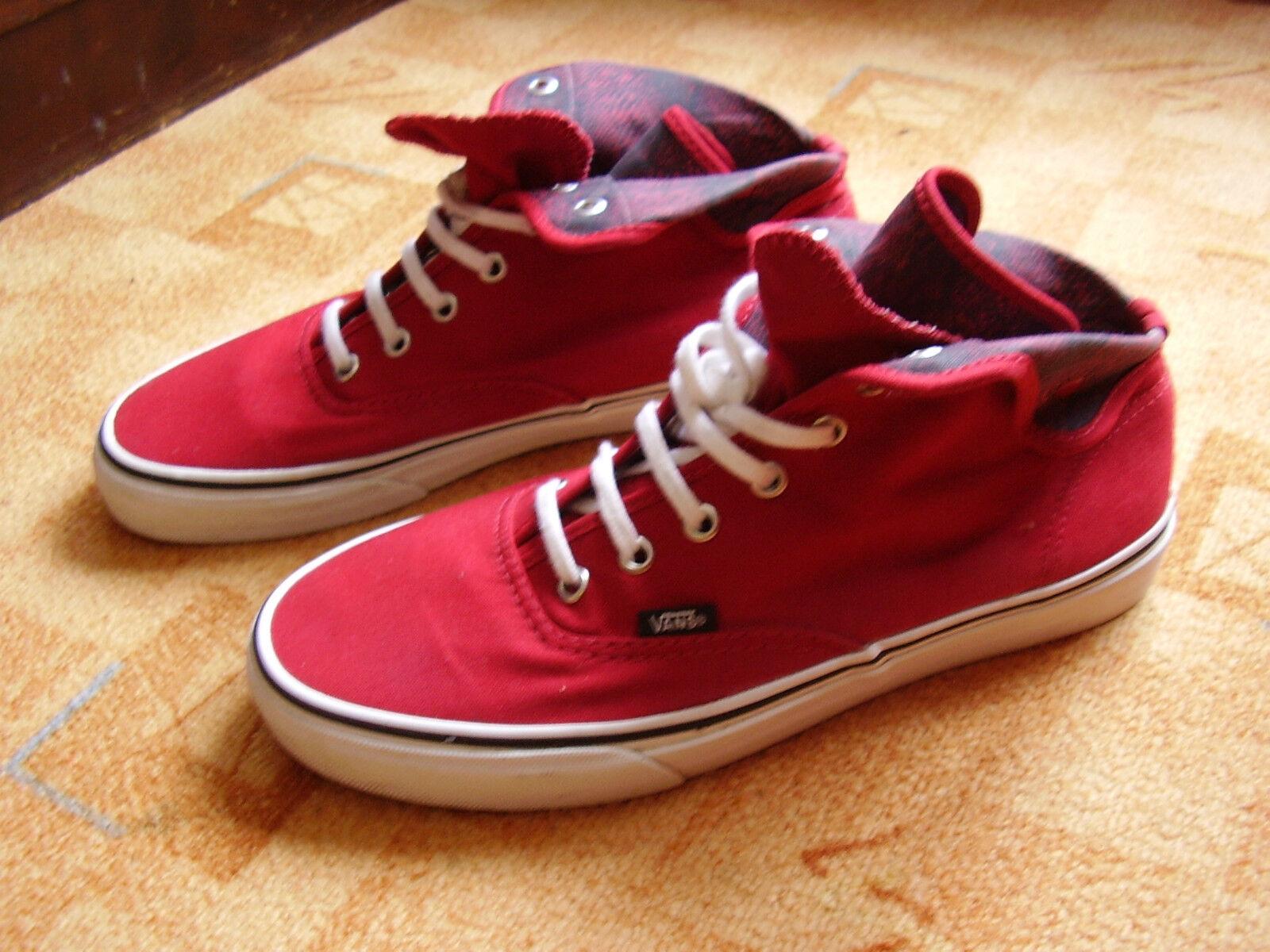 rote Sneaker/Chucks  von