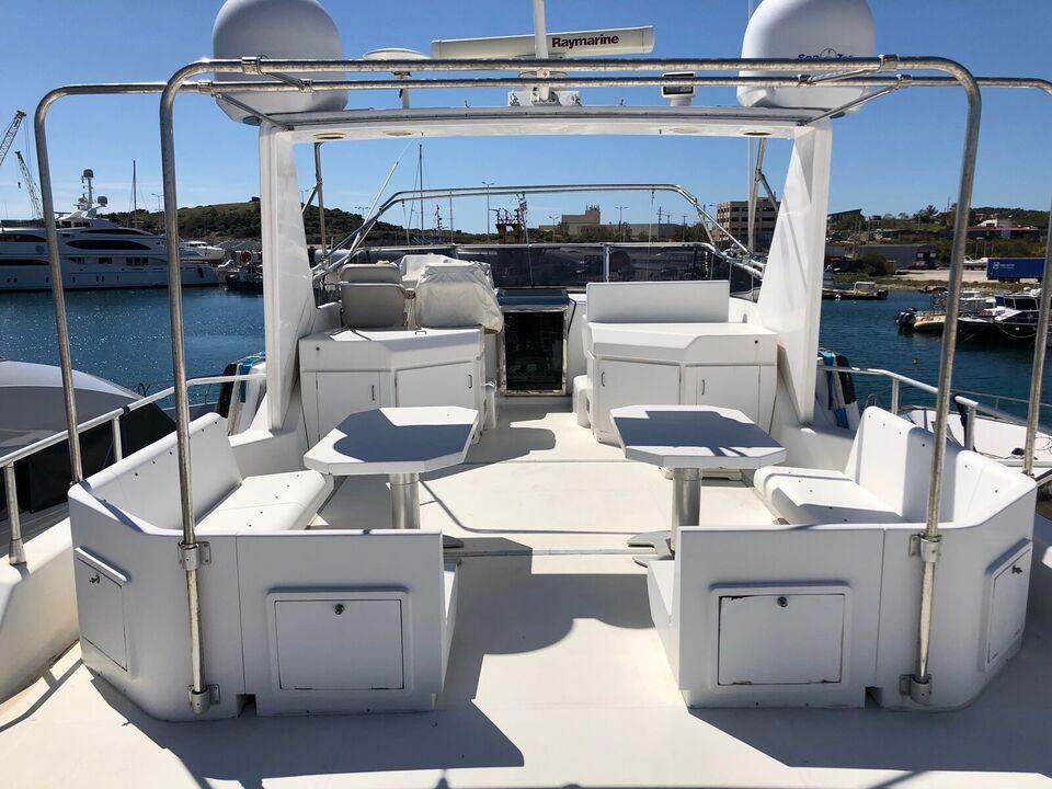 AZIMUT- BENETTI YACHT 28m - til kun 2.905.000 kr, Motorbåd,