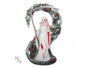 Anne-Stokes-figurine-of-Life-Blood